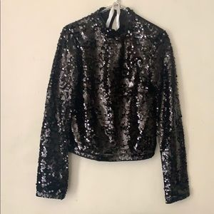 H&M DIVIDED black sequin top size 2